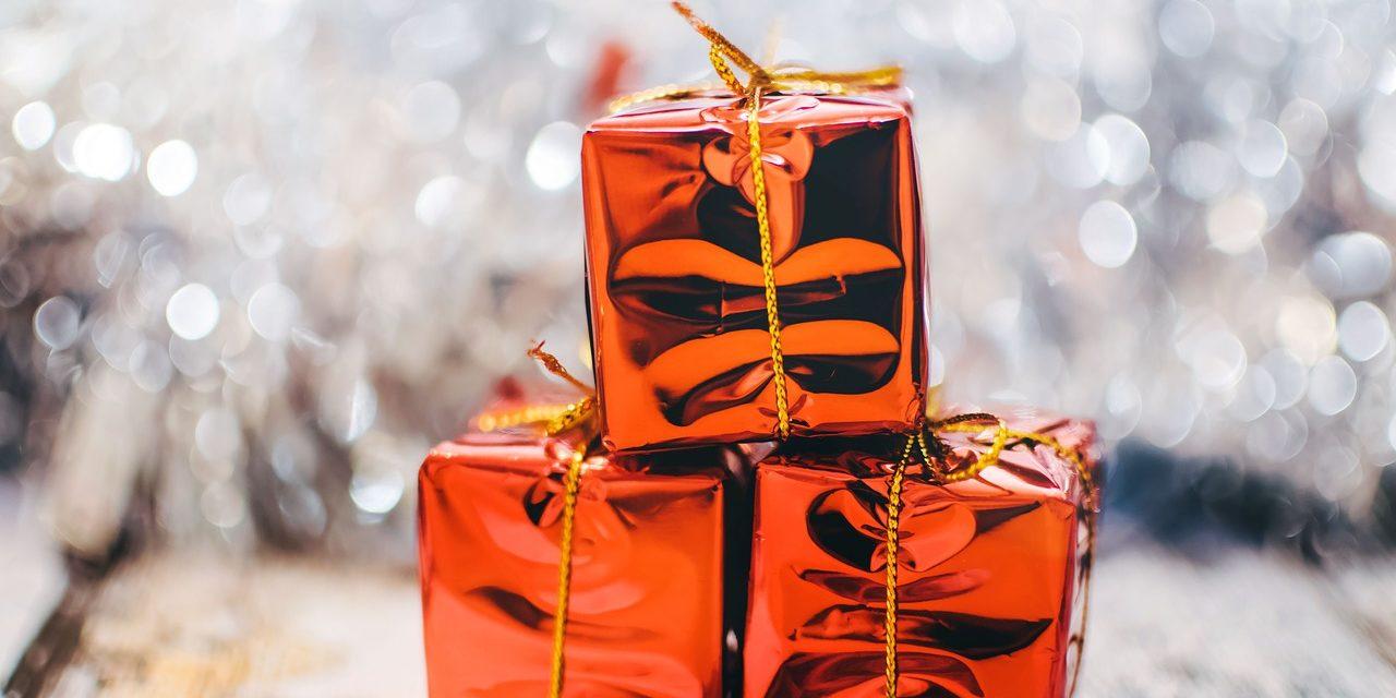 Frugal Christmas Gift Ideas   MomsGetReal