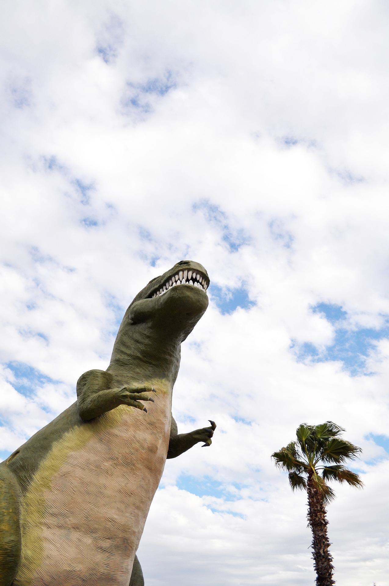 Summer Activity for Kids – Dinosaur Dig