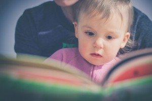 child-reading-2598005_1920