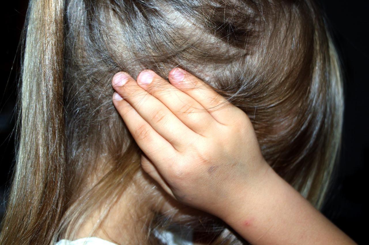 5 Ways to Make Children Feel Secure During Divorce